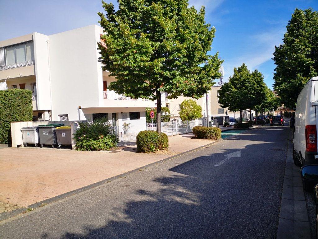 Appartement à vendre 2 55.89m2 à Sanary-sur-Mer vignette-4