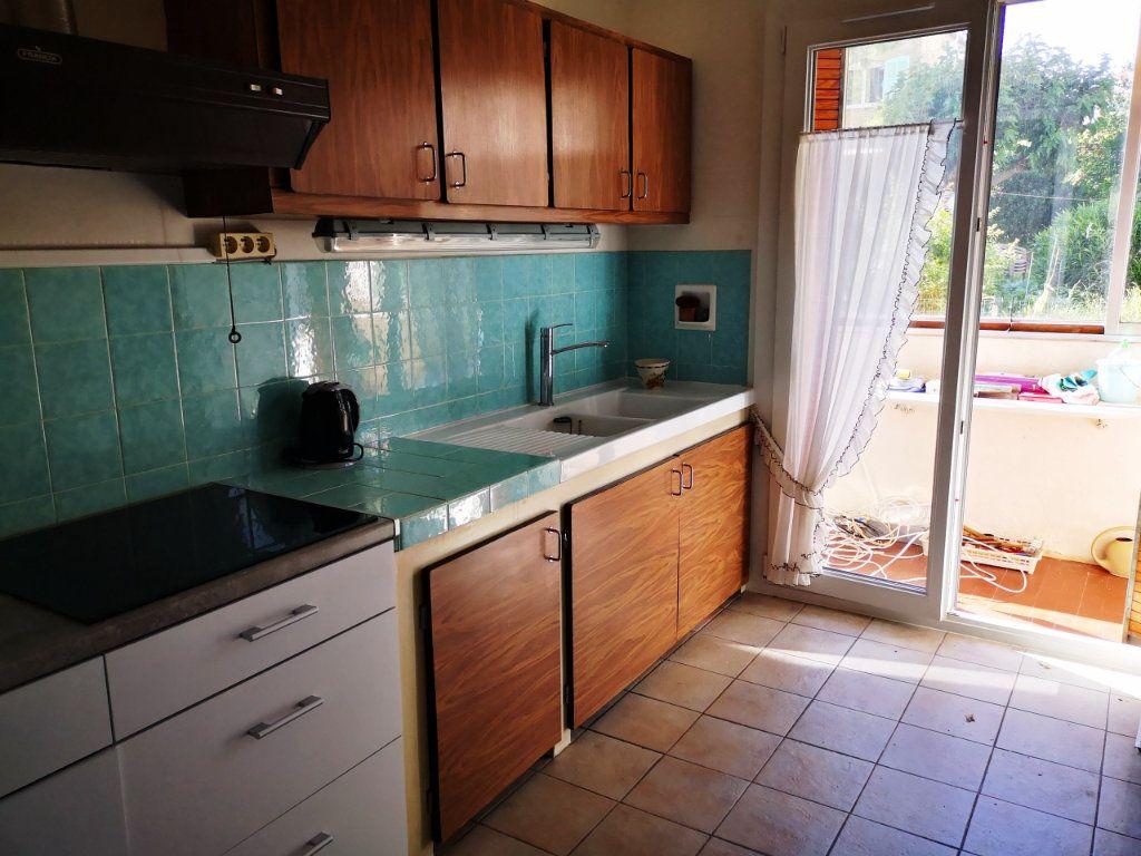 Appartement à vendre 2 55.89m2 à Sanary-sur-Mer vignette-5