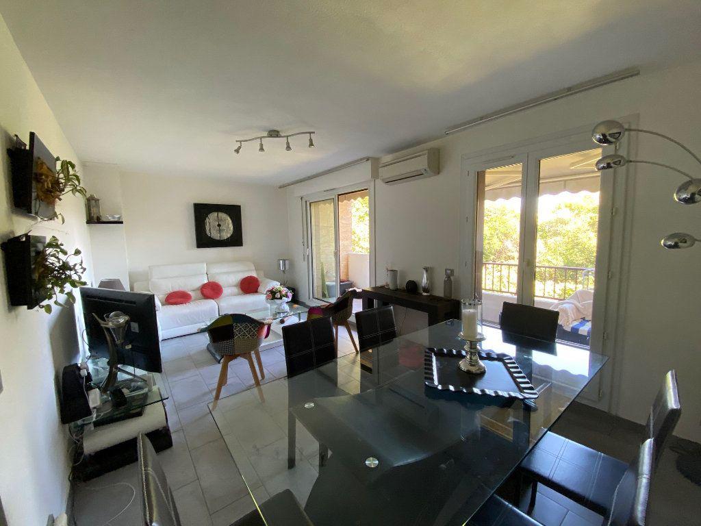 Appartement à vendre 4 77m2 à Six-Fours-les-Plages vignette-1