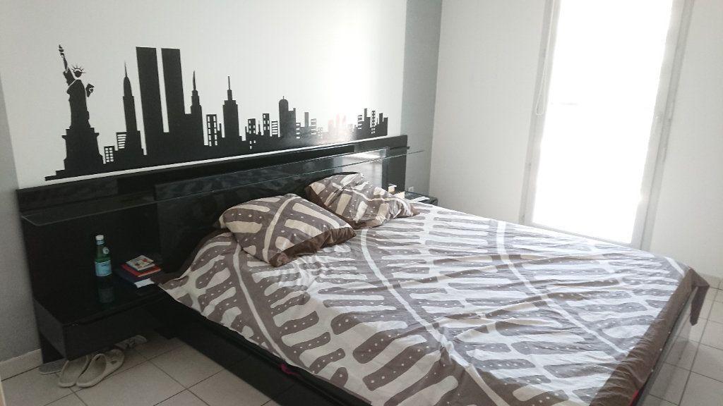 Appartement à vendre 3 65m2 à La Seyne-sur-Mer vignette-6