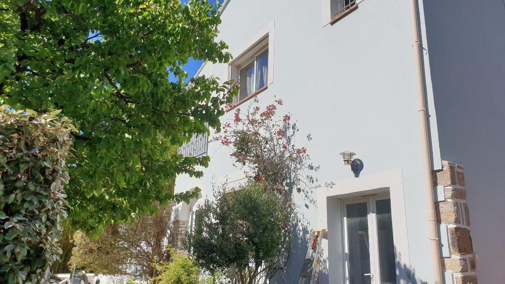 Maison à vendre 5 169m2 à La Seyne-sur-Mer vignette-3