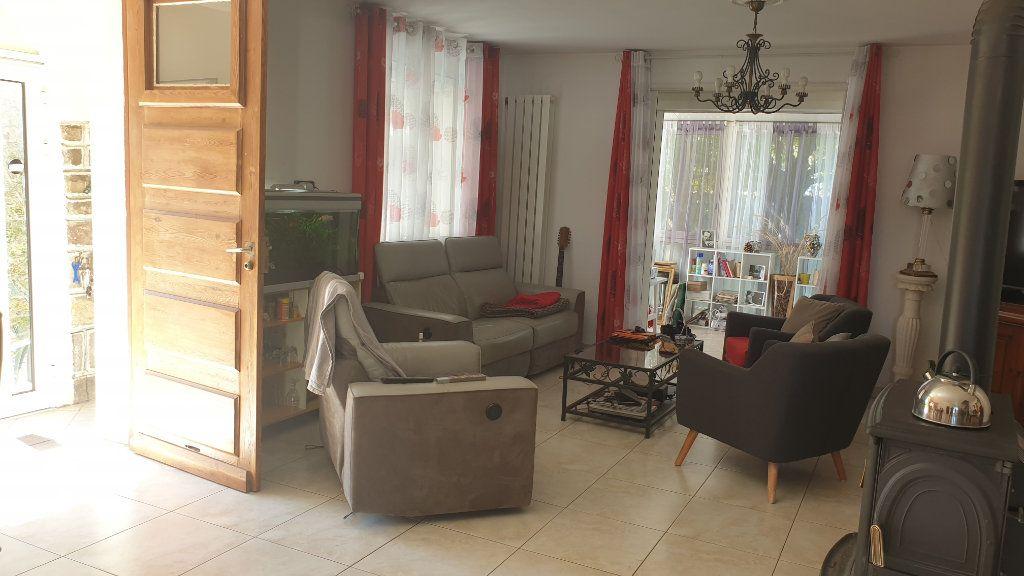 Maison à vendre 5 169m2 à La Seyne-sur-Mer vignette-6