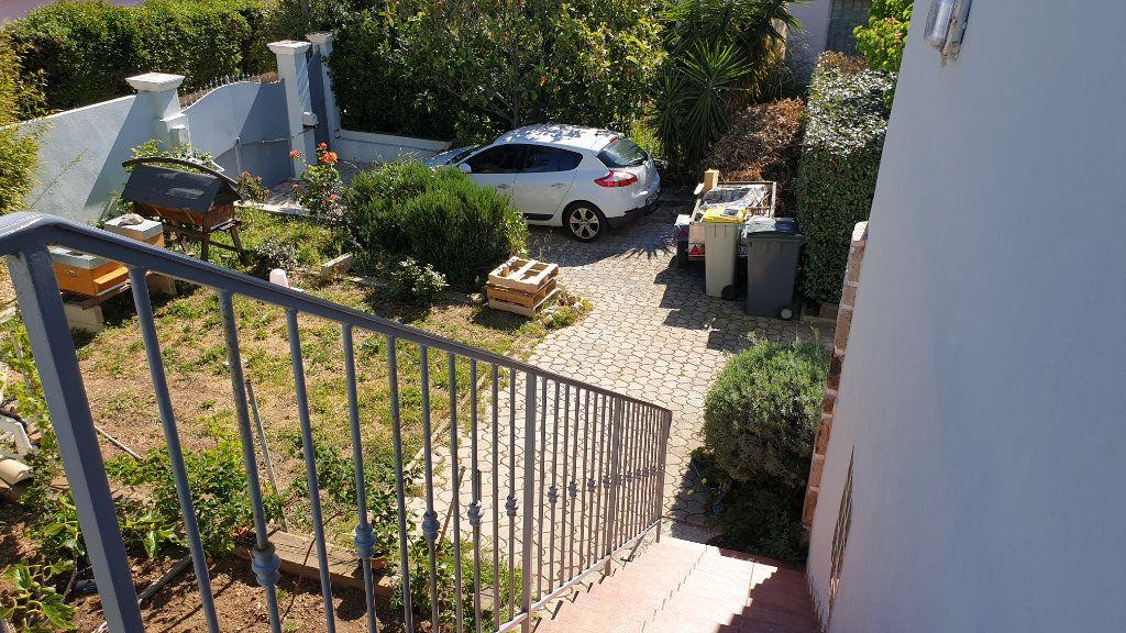 Maison à vendre 5 169m2 à La Seyne-sur-Mer vignette-7