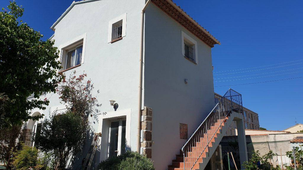 Maison à vendre 5 169m2 à La Seyne-sur-Mer vignette-8