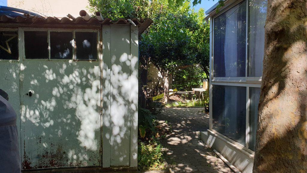 Maison à vendre 5 169m2 à La Seyne-sur-Mer vignette-11