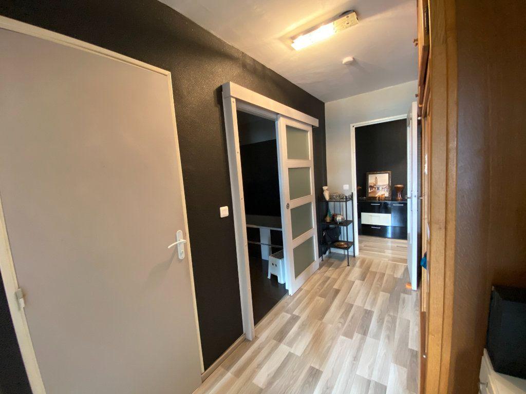 Appartement à vendre 4 83m2 à La Seyne-sur-Mer vignette-5