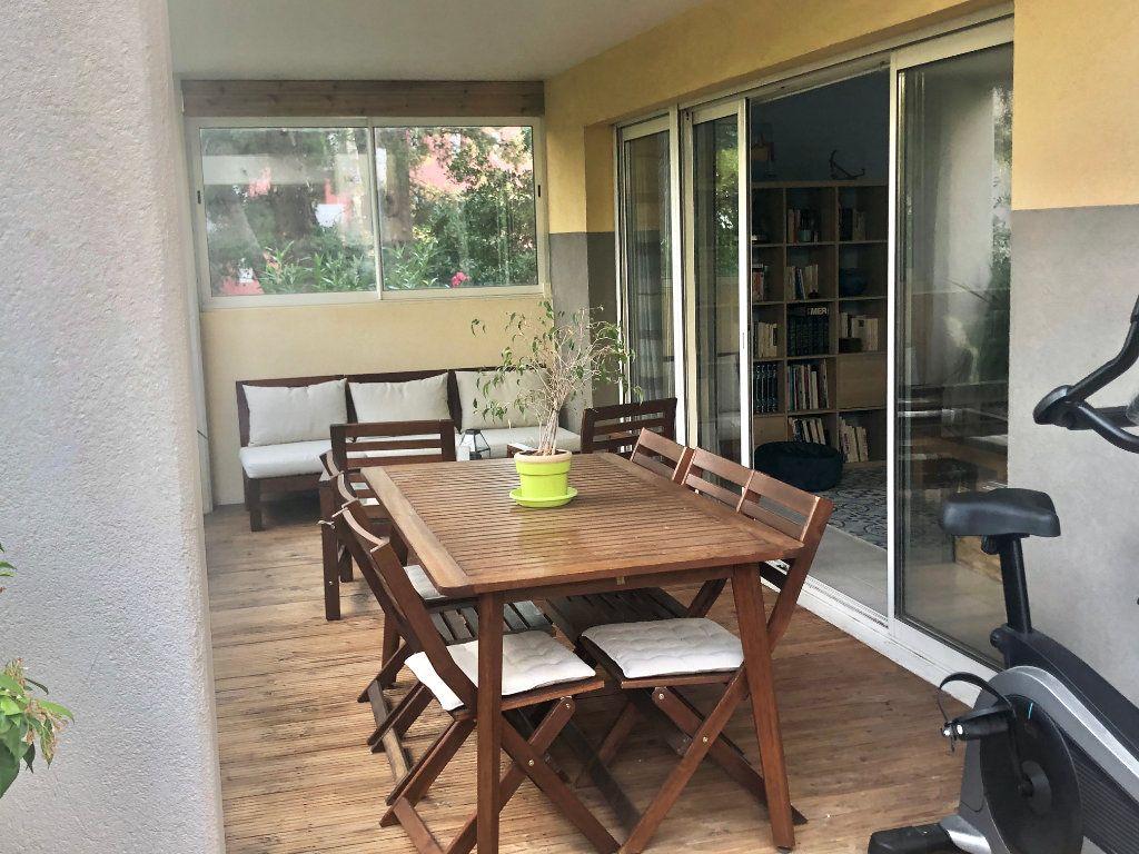 Appartement à vendre 3 74m2 à La Seyne-sur-Mer vignette-5