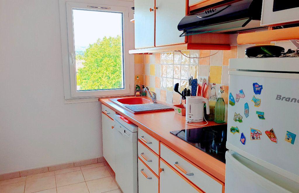 Appartement à vendre 4 66.44m2 à La Seyne-sur-Mer vignette-4