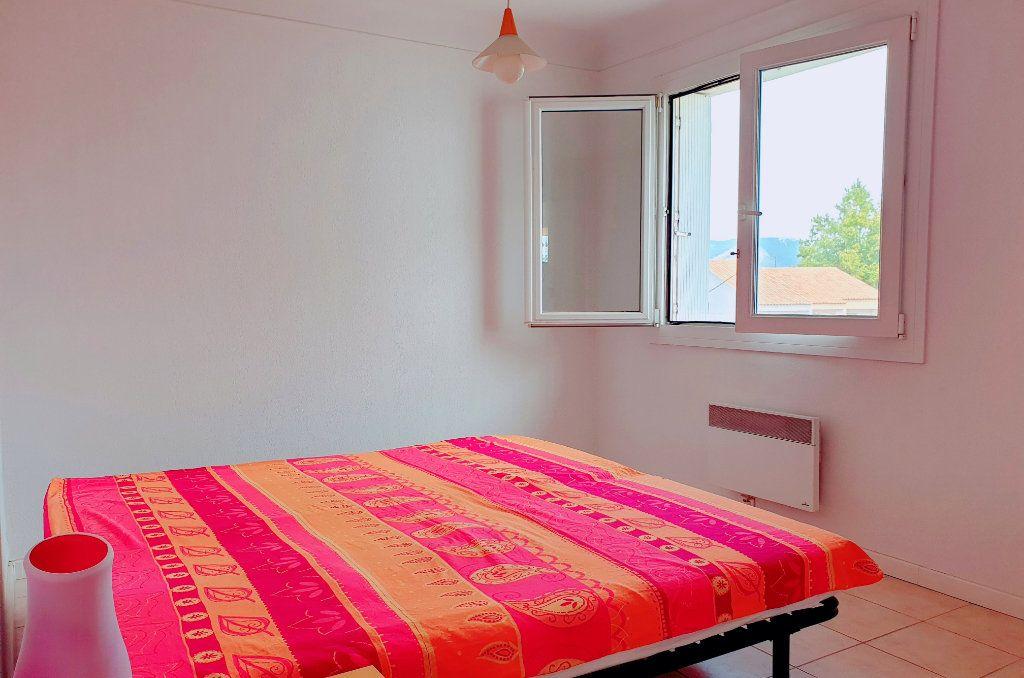Appartement à vendre 4 66.44m2 à La Seyne-sur-Mer vignette-6