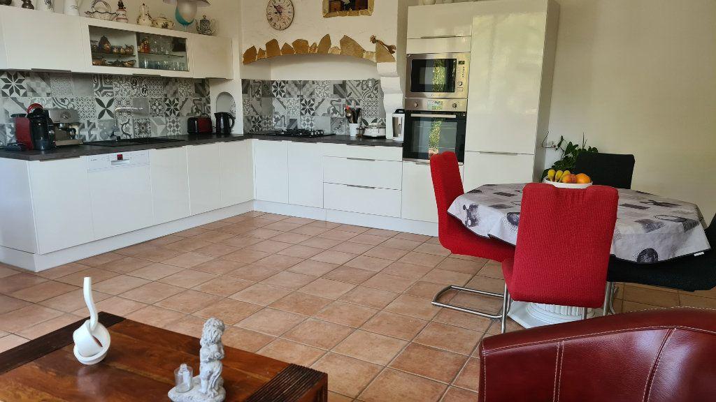 Appartement à vendre 4 147m2 à La Seyne-sur-Mer vignette-13