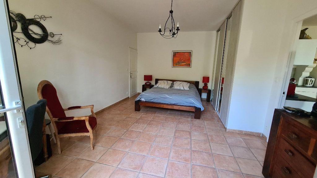 Appartement à vendre 4 147m2 à La Seyne-sur-Mer vignette-14