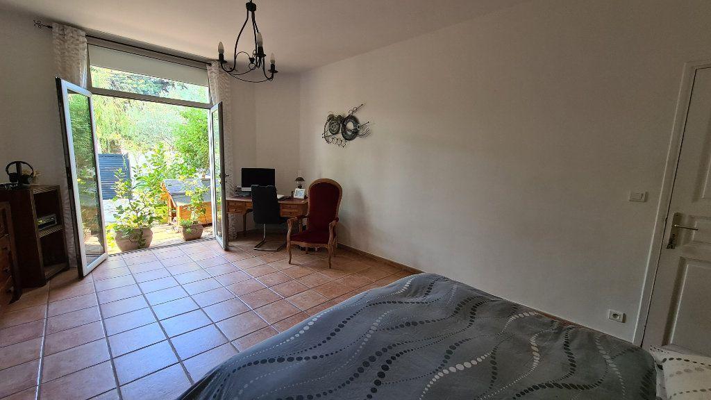 Appartement à vendre 4 147m2 à La Seyne-sur-Mer vignette-15