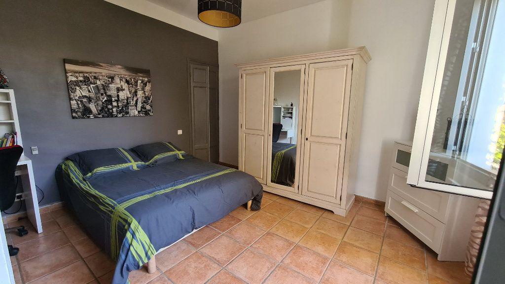 Appartement à vendre 4 147m2 à La Seyne-sur-Mer vignette-16