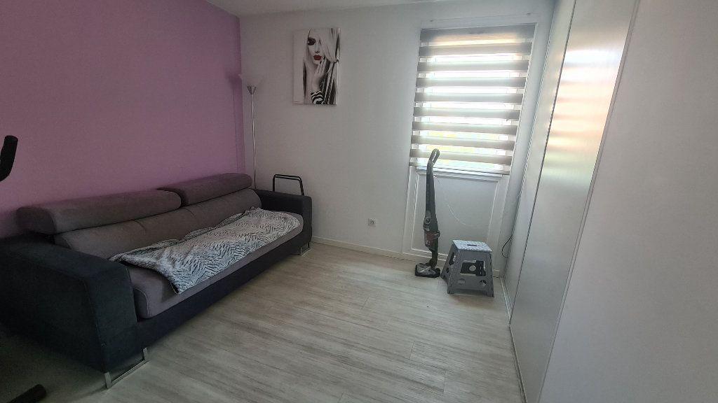 Appartement à vendre 3 67m2 à La Seyne-sur-Mer vignette-5