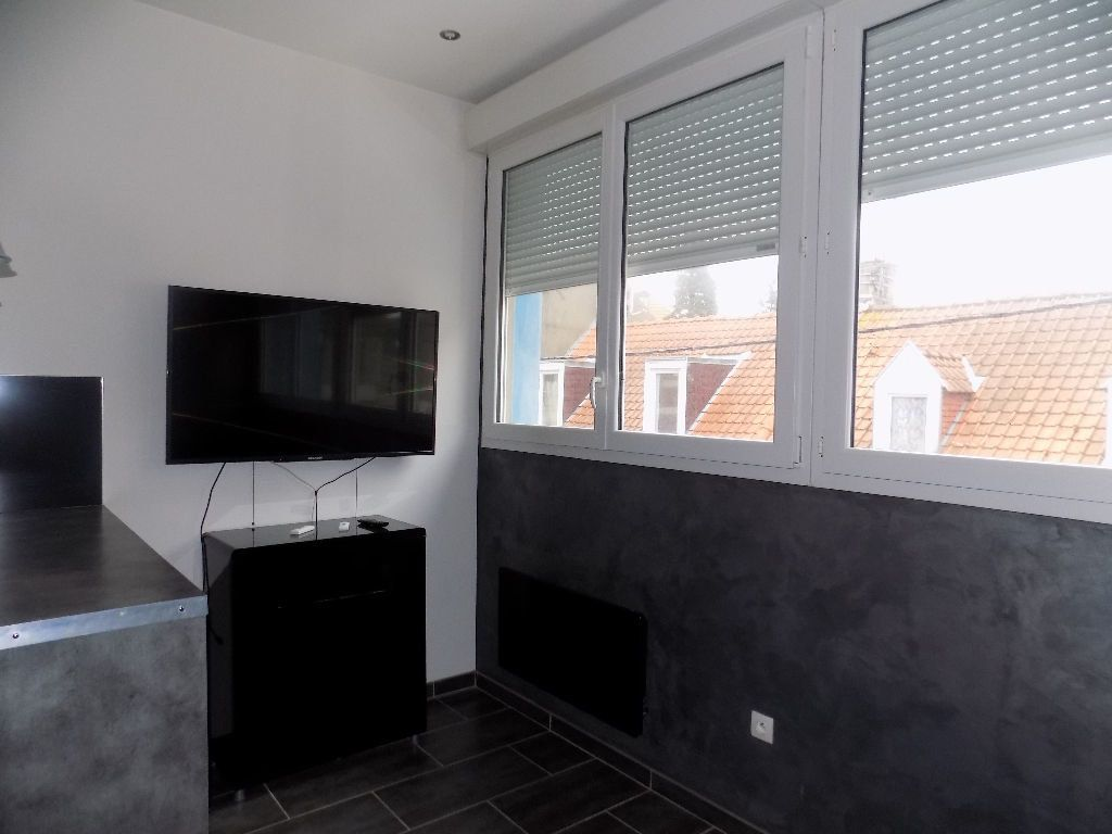 Appartement à louer 1 21.15m2 à Calais vignette-3