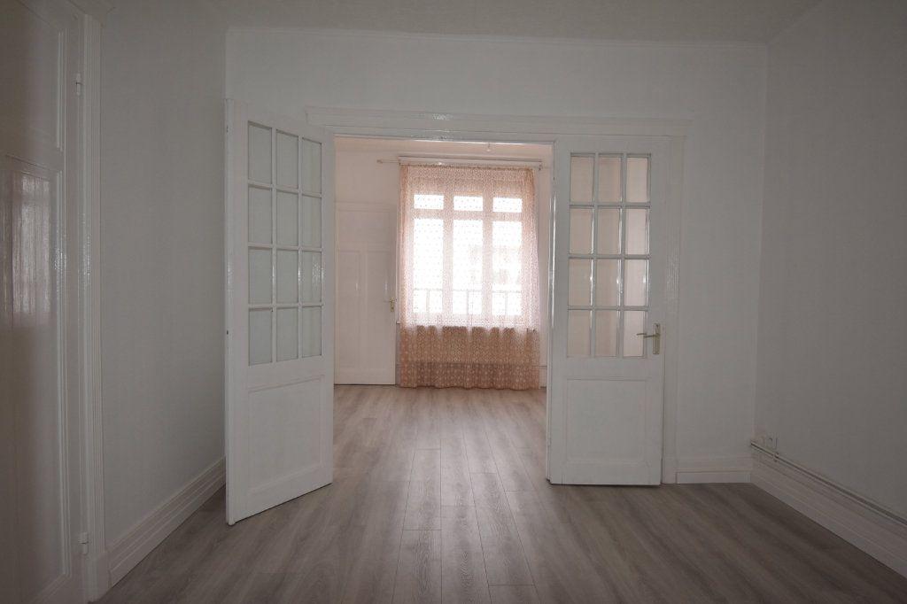 Appartement à louer 2 43.5m2 à Calais vignette-1