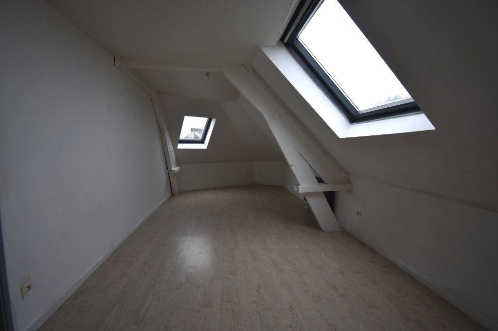 Appartement à louer 3 86m2 à Guînes vignette-5