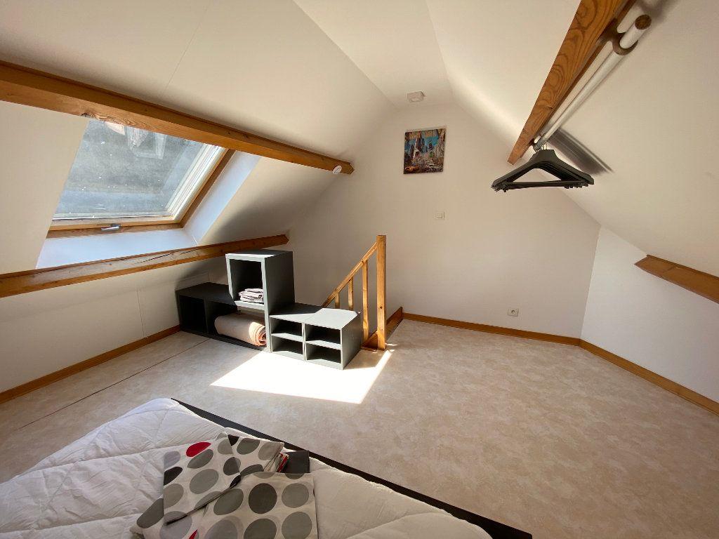 Appartement à louer 1 37m2 à Calais vignette-4