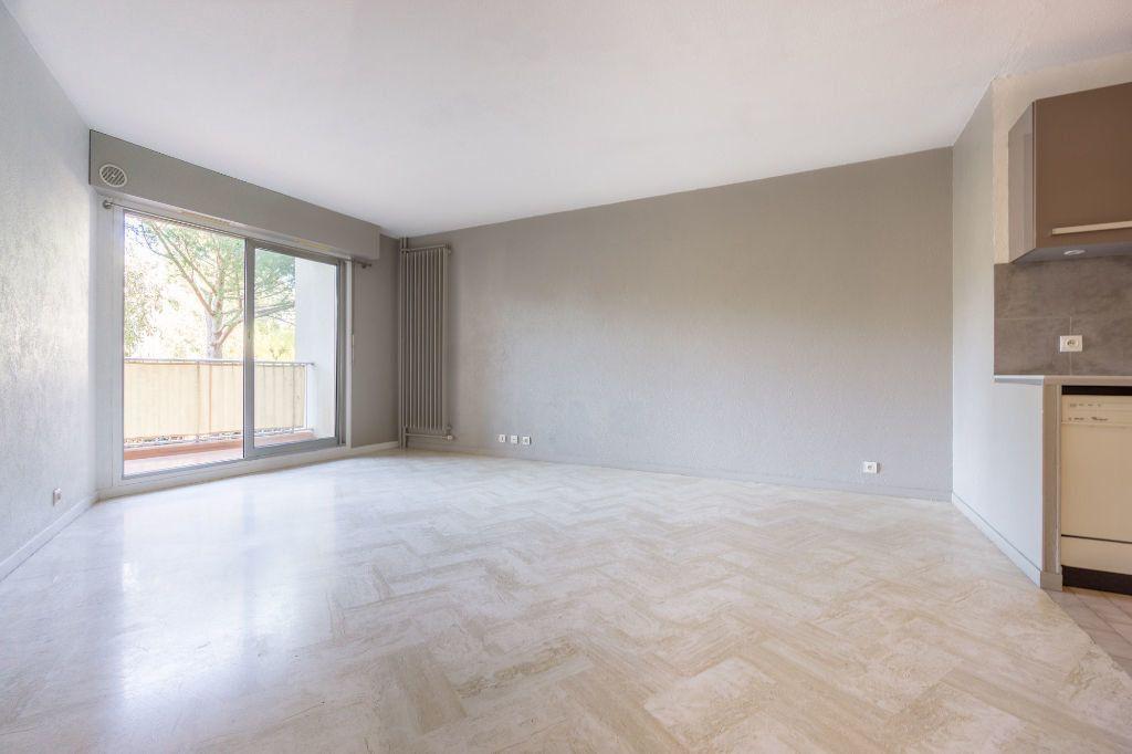 Appartement à louer 2 47.45m2 à Mandelieu-la-Napoule vignette-3