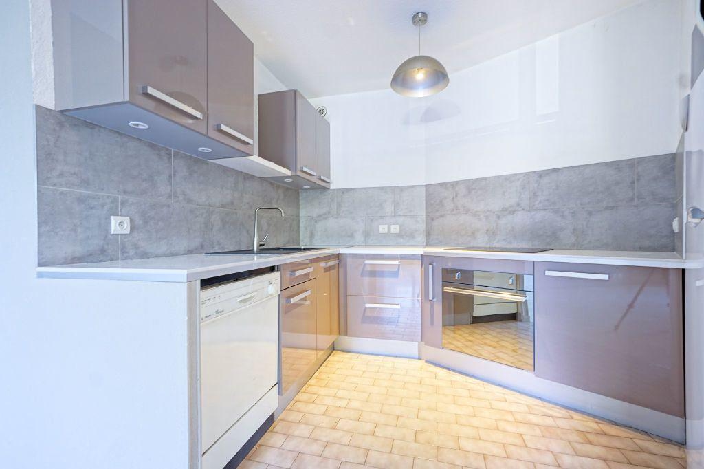 Appartement à louer 2 47.45m2 à Mandelieu-la-Napoule vignette-4