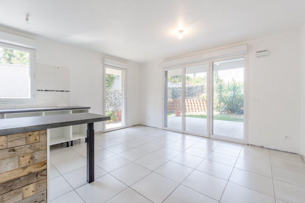 Appartement à louer 2 42.05m2 à Mandelieu-la-Napoule vignette-4