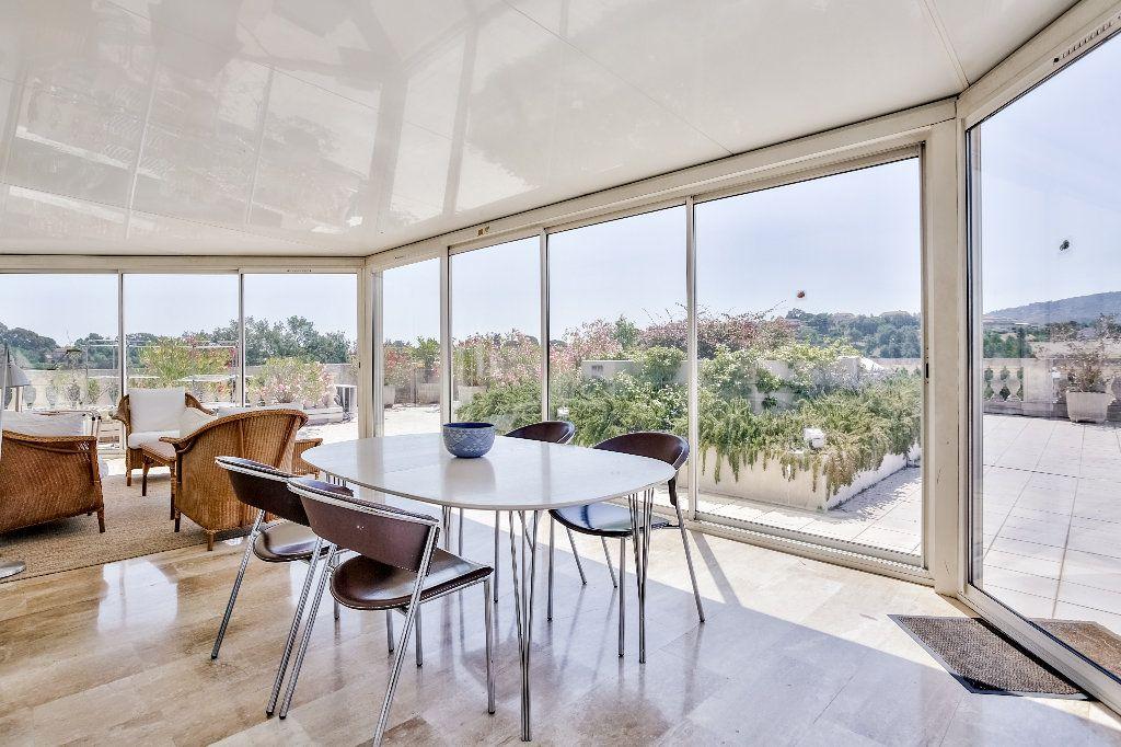 Appartement à vendre 3 61.1m2 à Mandelieu-la-Napoule vignette-4