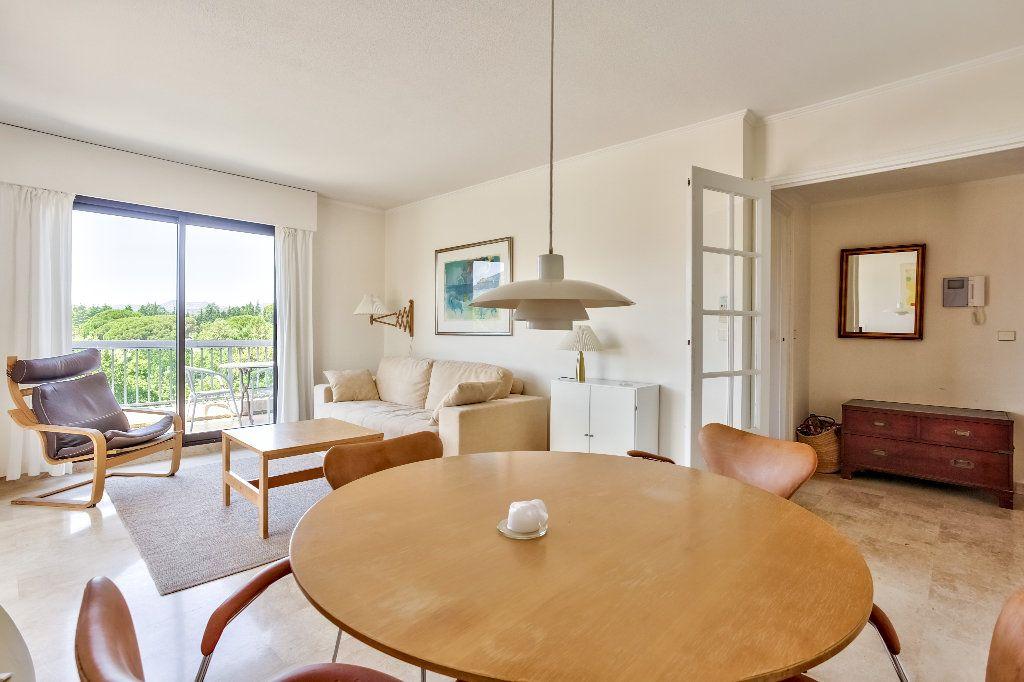 Appartement à vendre 3 61.1m2 à Mandelieu-la-Napoule vignette-6