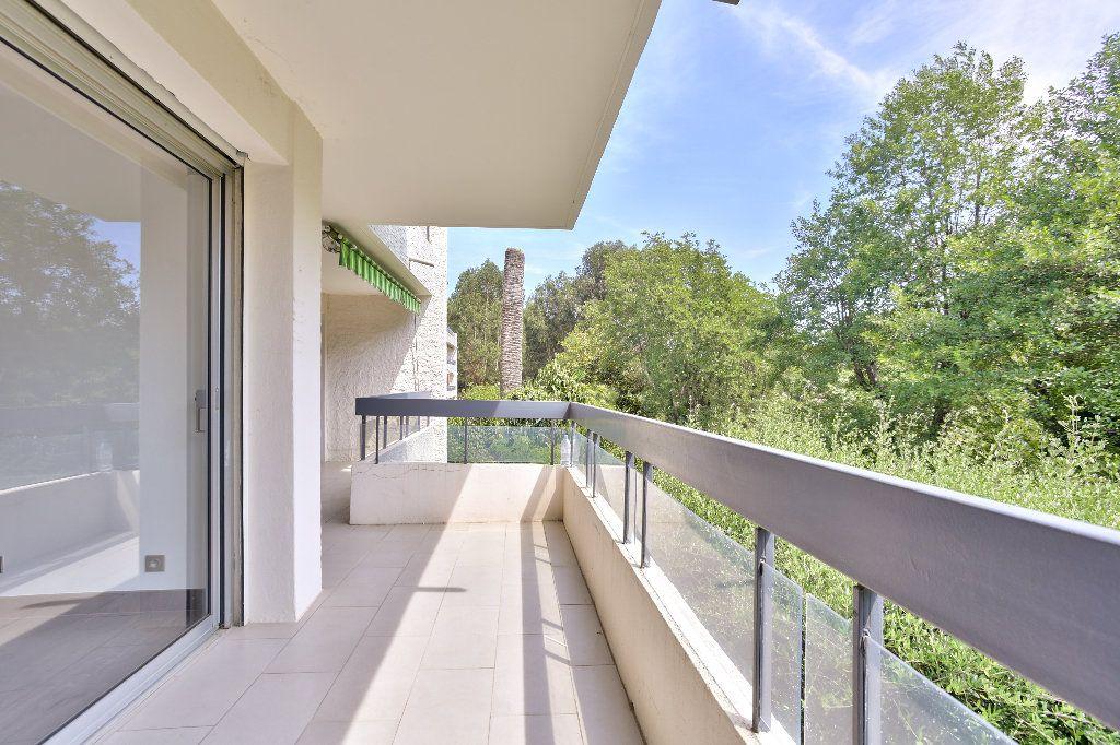 Appartement à vendre 2 55.89m2 à Mandelieu-la-Napoule vignette-3