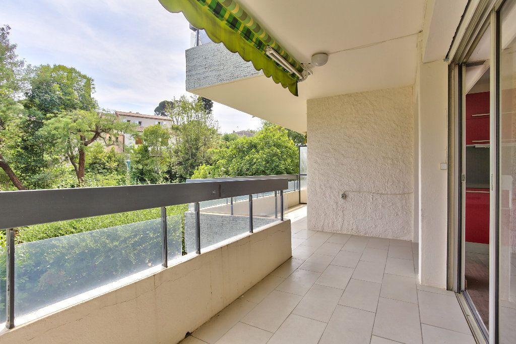 Appartement à vendre 2 55.89m2 à Mandelieu-la-Napoule vignette-4