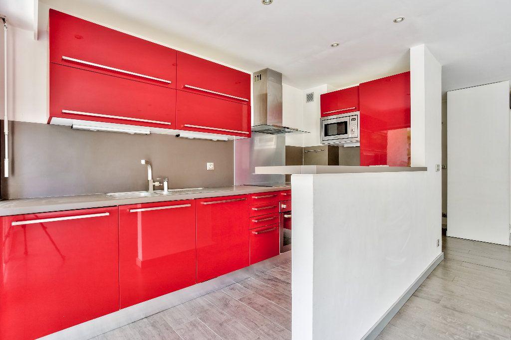 Appartement à vendre 2 55.89m2 à Mandelieu-la-Napoule vignette-6