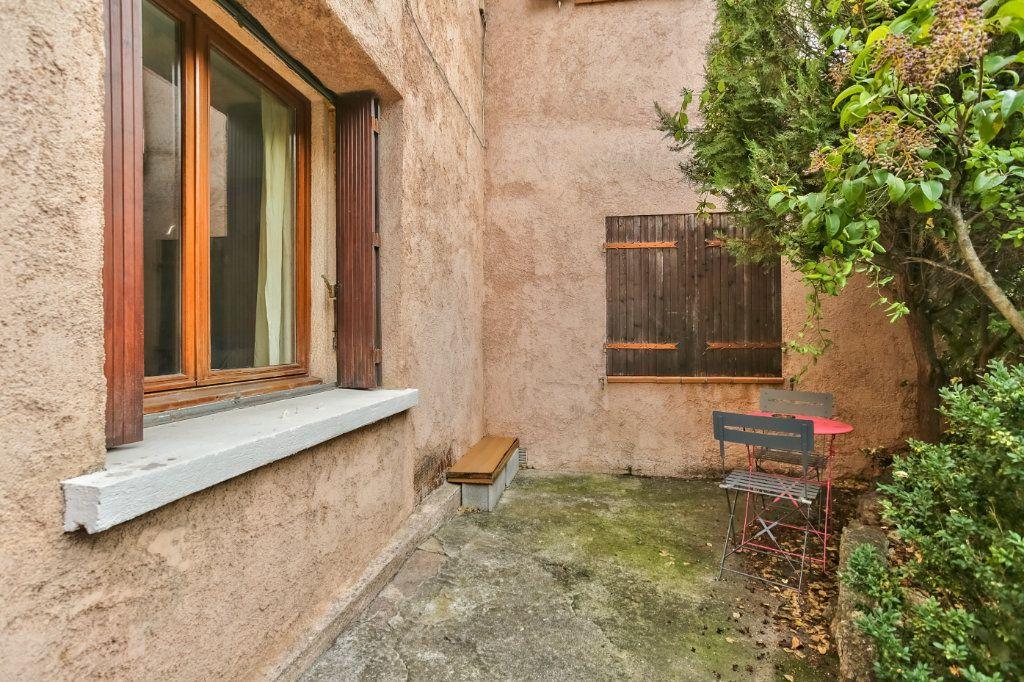 Appartement à louer 2 33.43m2 à Mandelieu-la-Napoule vignette-2
