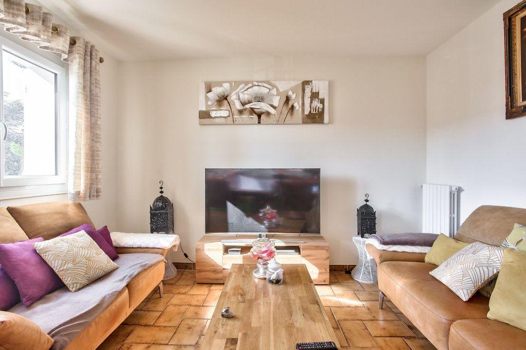 Appartement à louer 2 57.68m2 à Mandelieu-la-Napoule vignette-4