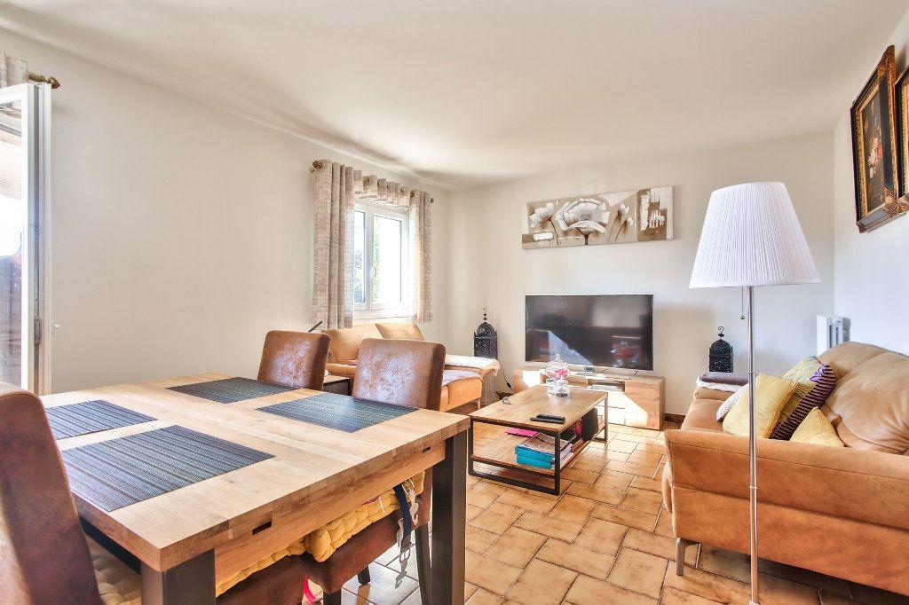 Appartement à louer 2 57.68m2 à Mandelieu-la-Napoule vignette-6