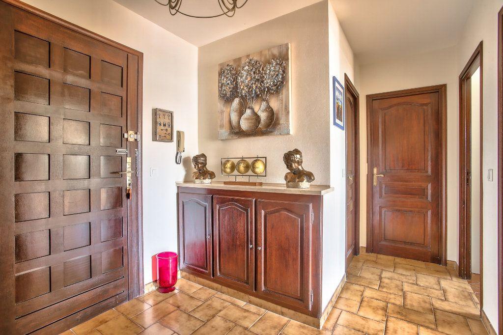 Appartement à louer 2 57.68m2 à Mandelieu-la-Napoule vignette-15