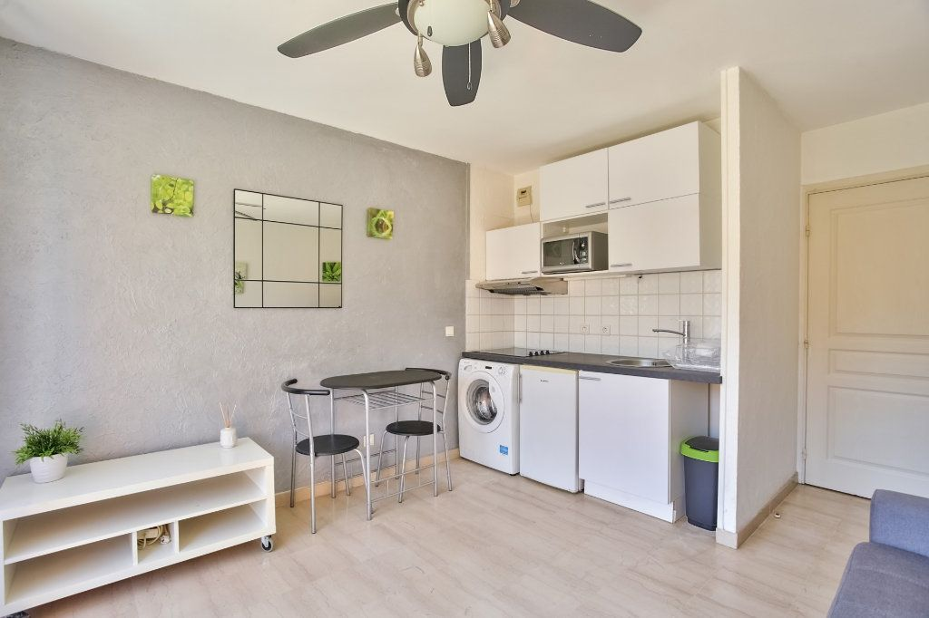 Appartement à louer 1 21.05m2 à Mandelieu-la-Napoule vignette-7