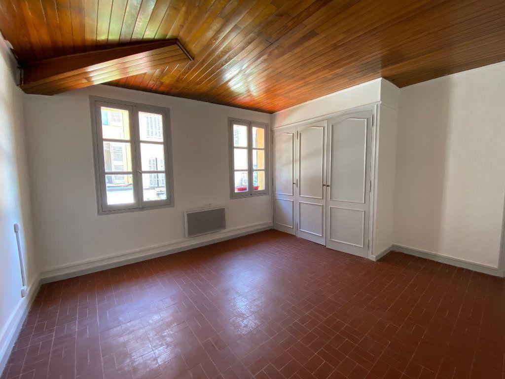 Appartement à louer 4 98.2m2 à Aix-en-Provence vignette-3