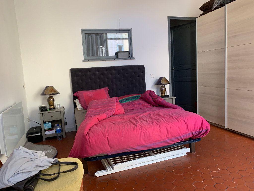 Appartement à louer 2 48.79m2 à Trets vignette-4