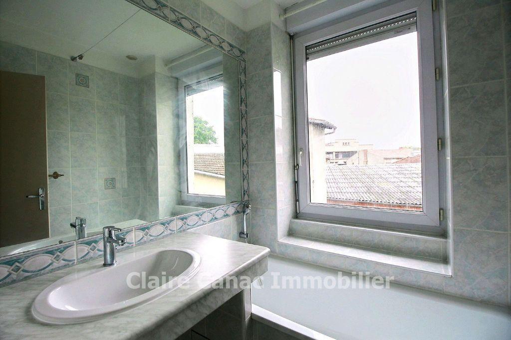 Appartement à vendre 3 77m2 à Castres vignette-3