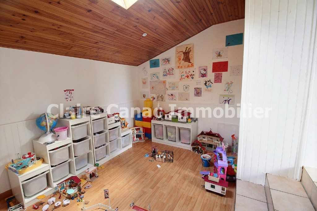 Maison à louer 7 122m2 à Viviers-lès-Montagnes vignette-6