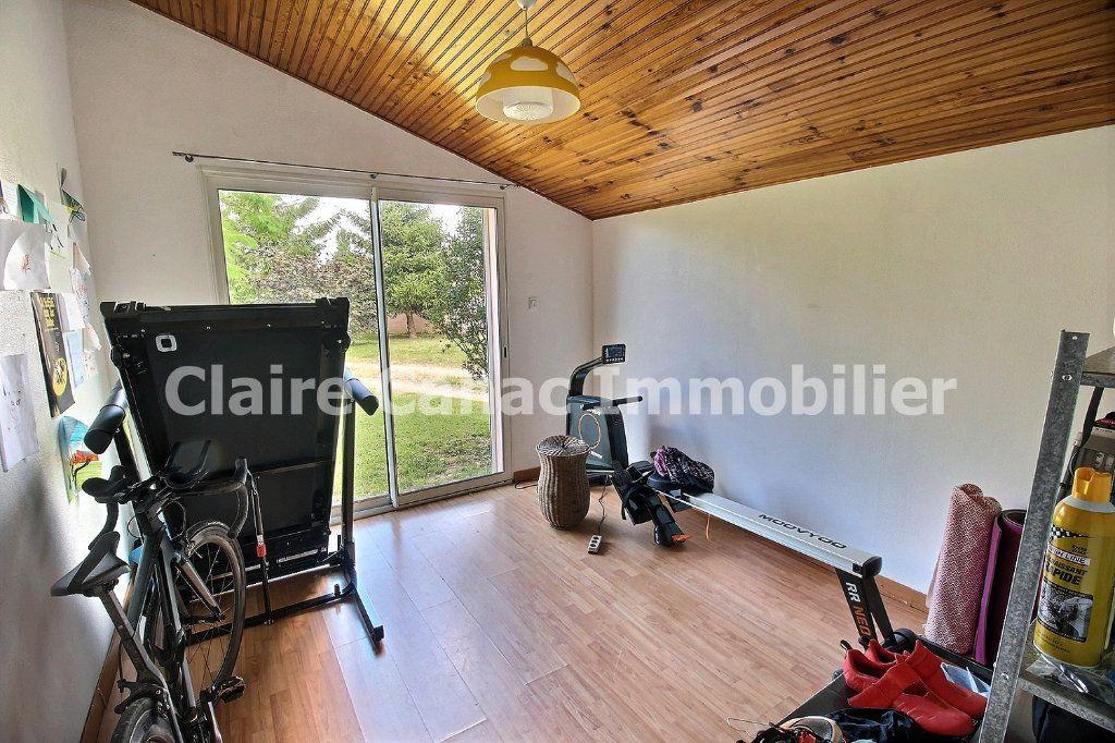 Maison à louer 7 122m2 à Viviers-lès-Montagnes vignette-7