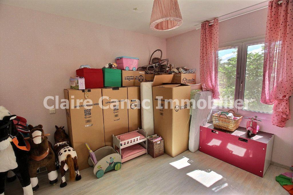 Maison à louer 7 122m2 à Viviers-lès-Montagnes vignette-9