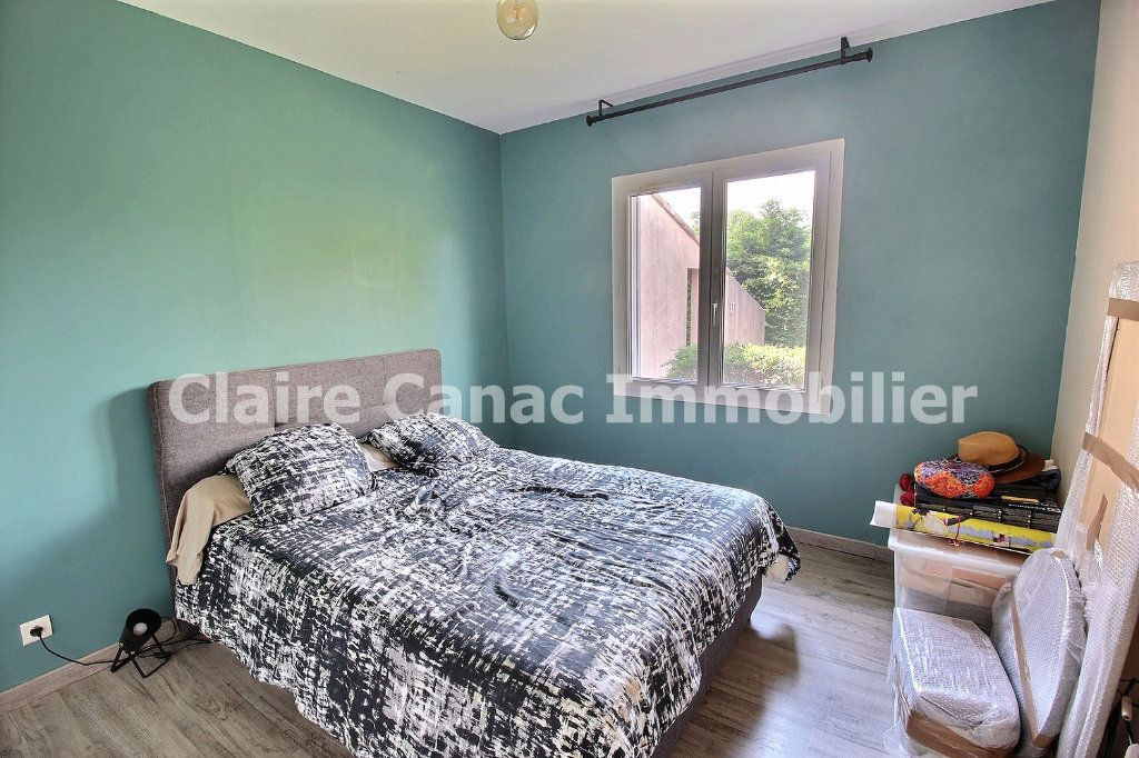 Maison à louer 7 122m2 à Viviers-lès-Montagnes vignette-11