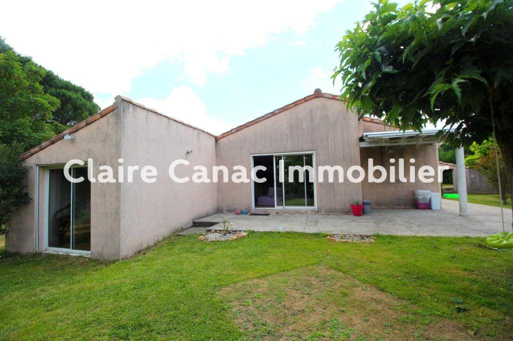 Maison à louer 7 122m2 à Viviers-lès-Montagnes vignette-13