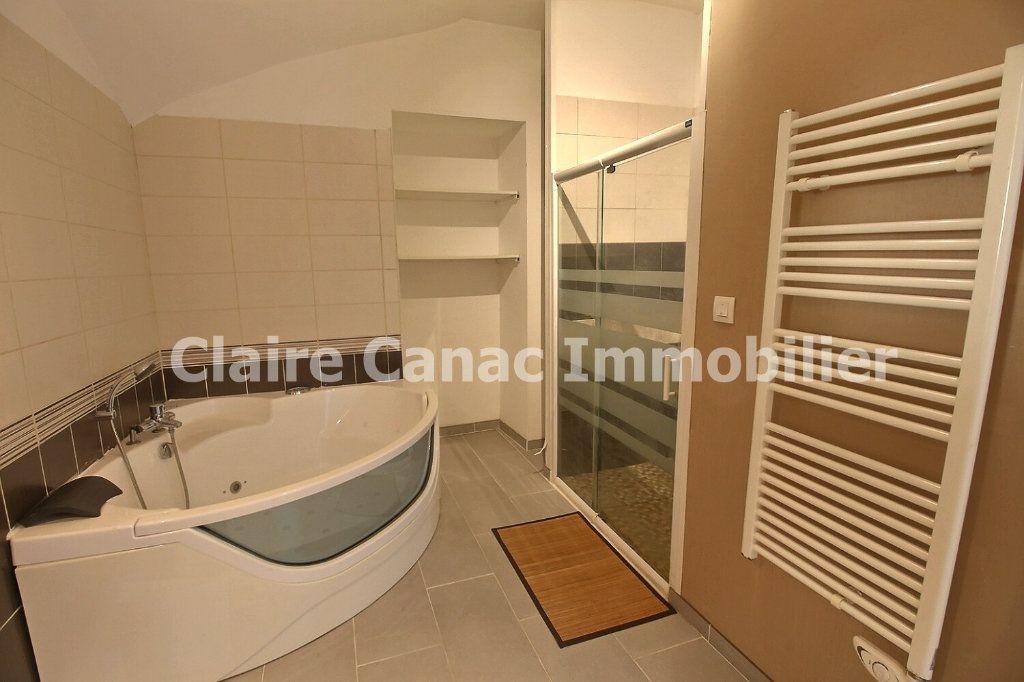 Appartement à louer 3 85m2 à Castres vignette-8