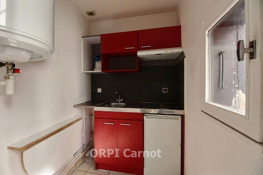 Appartement à louer 2 30.12m2 à Castres vignette-3