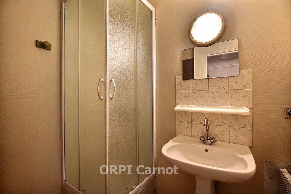 Appartement à louer 2 30.12m2 à Castres vignette-4