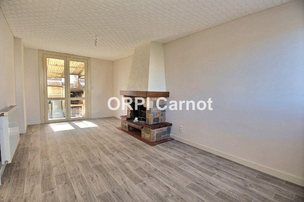 Maison à louer 5 86.04m2 à Castres vignette-1