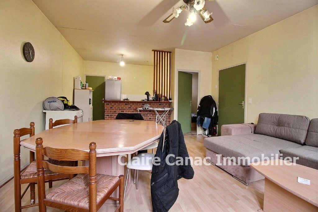 Appartement à louer 2 48m2 à Lavaur vignette-2