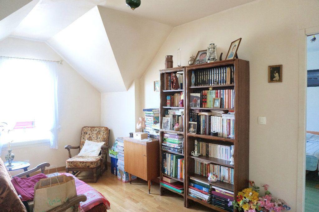Maison à vendre 6 138.58m2 à Gournay-en-Bray vignette-8