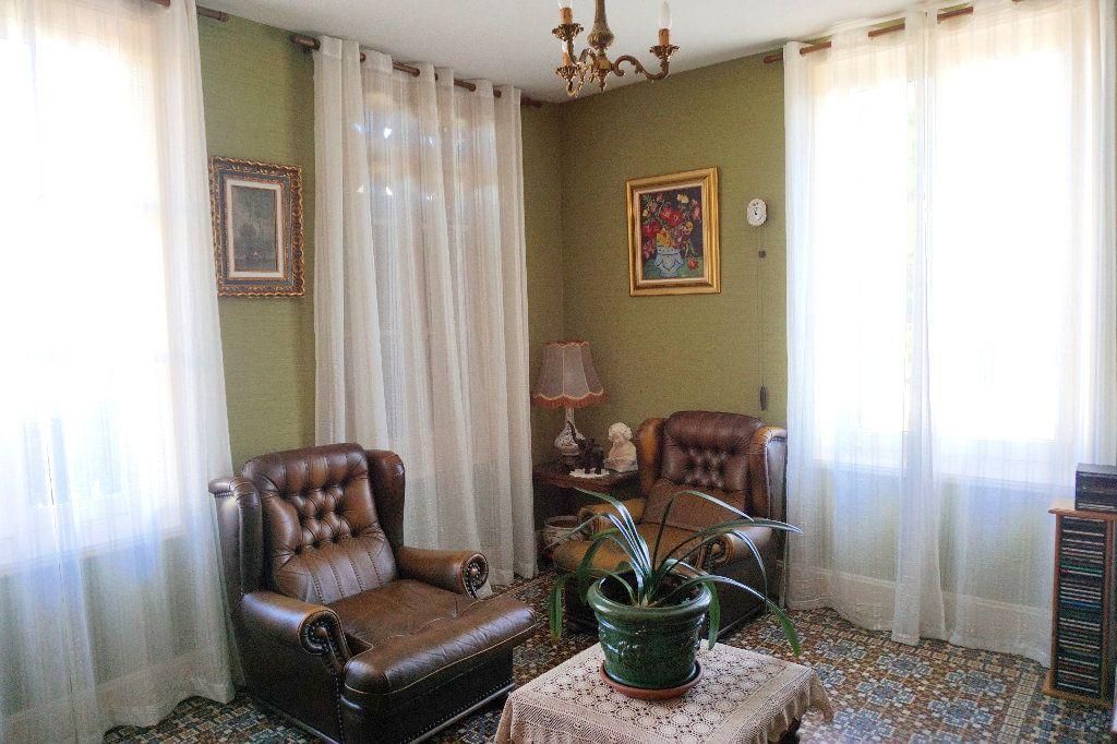 Maison à vendre 7 172.5m2 à Gournay-en-Bray vignette-4